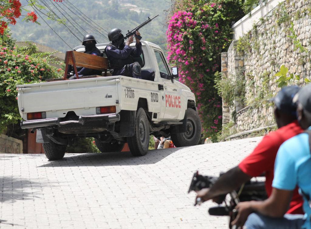 Policías buscan a los autores del asesinato de Jovenel Moise en Haití