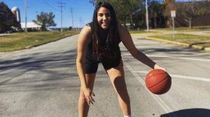 Básquetbol: la historia de Isabel González, la chilena que jugará en la NCAA de Estados Unidos