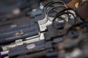 México demandará a empresas de Estados Unidos por ayudar al tráfico de armas