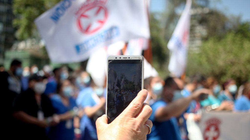 Trabajadores de la salud piden extender Estado de Excepción y mantener la dotación de funcionarios