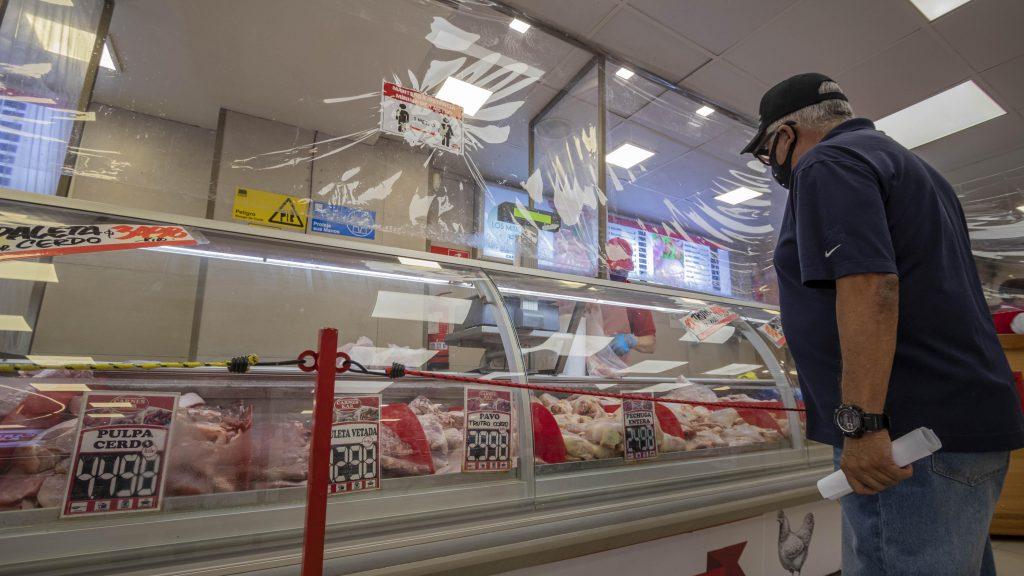 Canasta dieciochera: Sernac analizó las diferencias de precios en los productos más consumidos en Fiestas Patrias