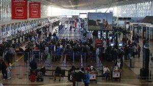 """Unión Europea incluyó a Chile dentro de los países """"seguros"""" para viajar en medio de la pandemia"""