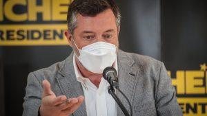 Sin partidos ni dirigentes políticos Sebastián Sichel lanzó el jingle de su campaña a La Moneda