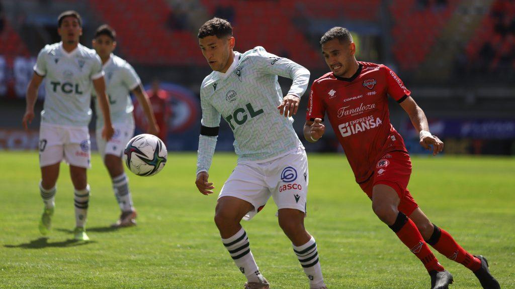 Santiago Wanderers dio vuelta el marcador en cinco minutos ante Ñublense y sigue ilusionado con salvarse del descenso