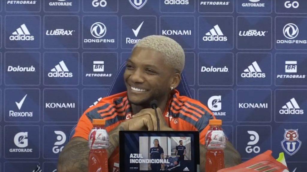 """Junior Fernandes reveló reacción de Alexis Sánchez por verlo en la U: """"Él está muy feliz de que haya vuelto"""""""