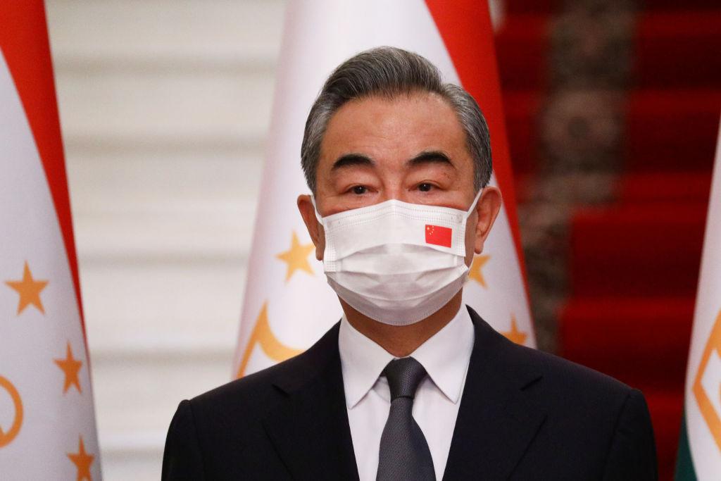 El ministro de exteriores chino Wang Yi en una cita internacional