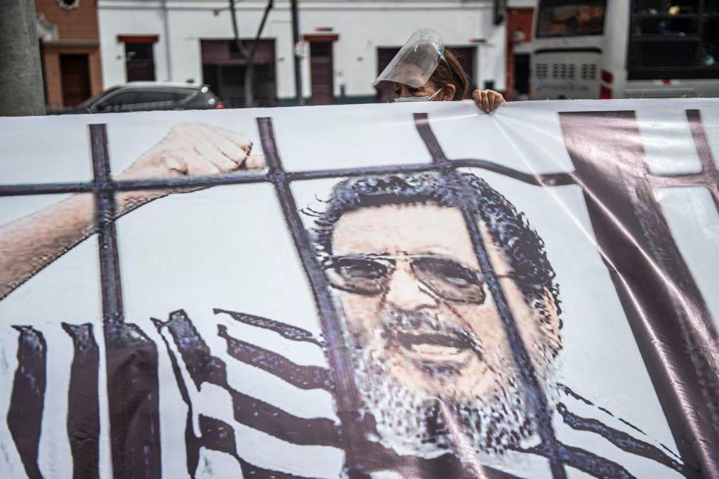Manifestación por la muerte de Abimael Guzmán en Lima