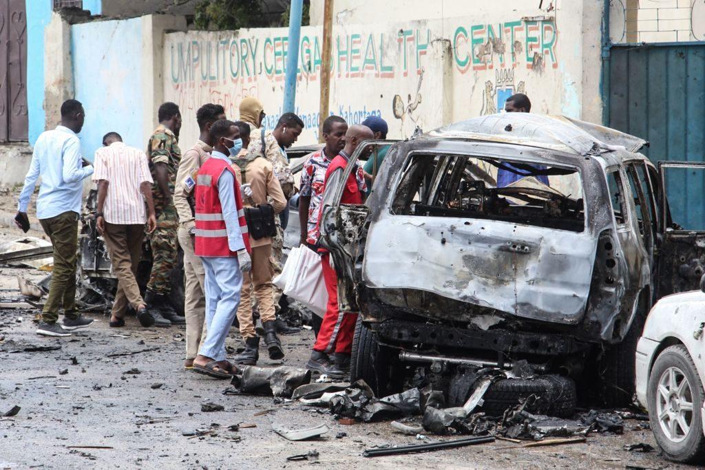 Al menos ocho personas murieron en un ataque suicida con coche bomba en Somalia
