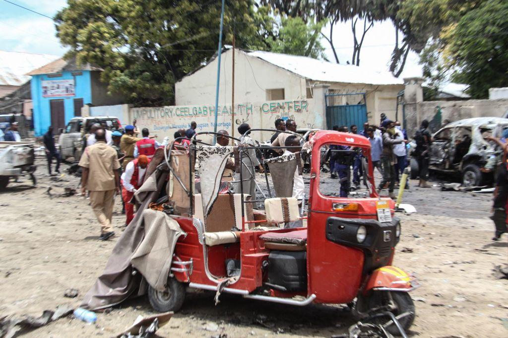 La onda expansiva del carro bomba afectó una zona en Mogadishu