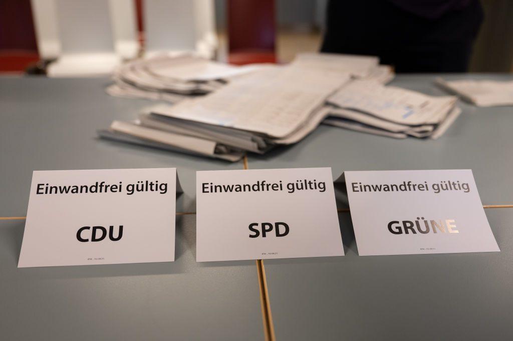 Elecciones en Alemania: Resultados apuntan a empate técnico entre socialdemócratas y democristianos