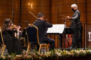 Orquesta Clásica del Maule se reencontró con su público en aniversario del Teatro Regional