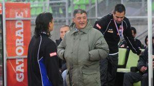 """Claudio Borghi le pone presión a la U: """"Si no gana el Superclásico, se despide un poco del campeonato"""""""