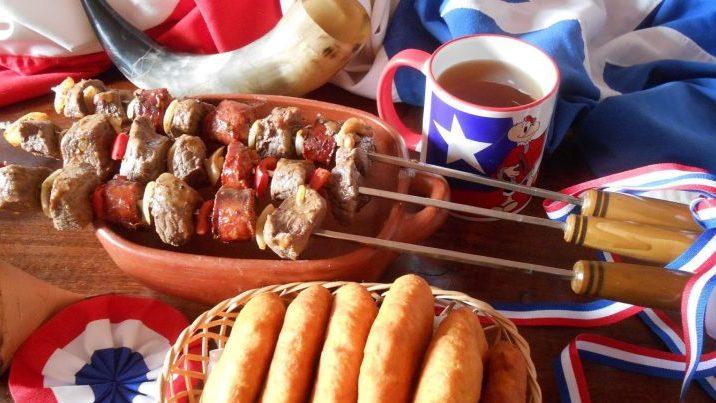 Guía práctica para Fiestas Patrias: cómo elegir los alimentos en base a su aporte nutricional
