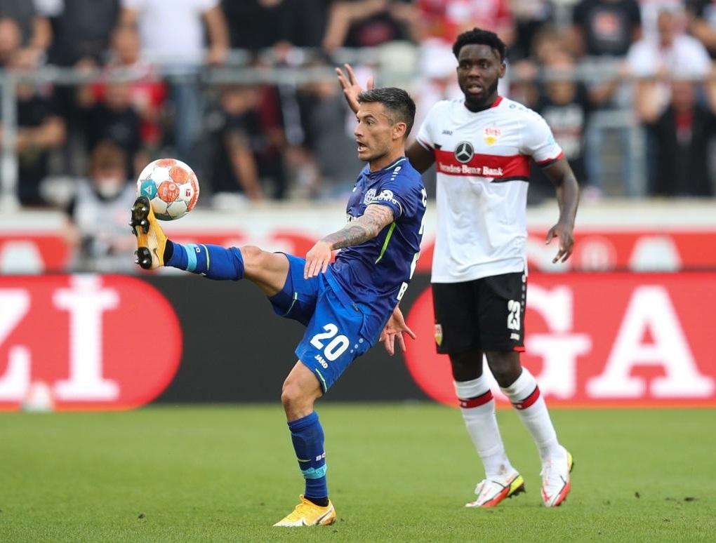 Charles Aránguiz dijo presente en triunfo de visita del Bayer Leverkusen