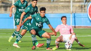 Universidad Católica se impuso ante Santiago Wanderers en un polémico partido con dos expulsiones