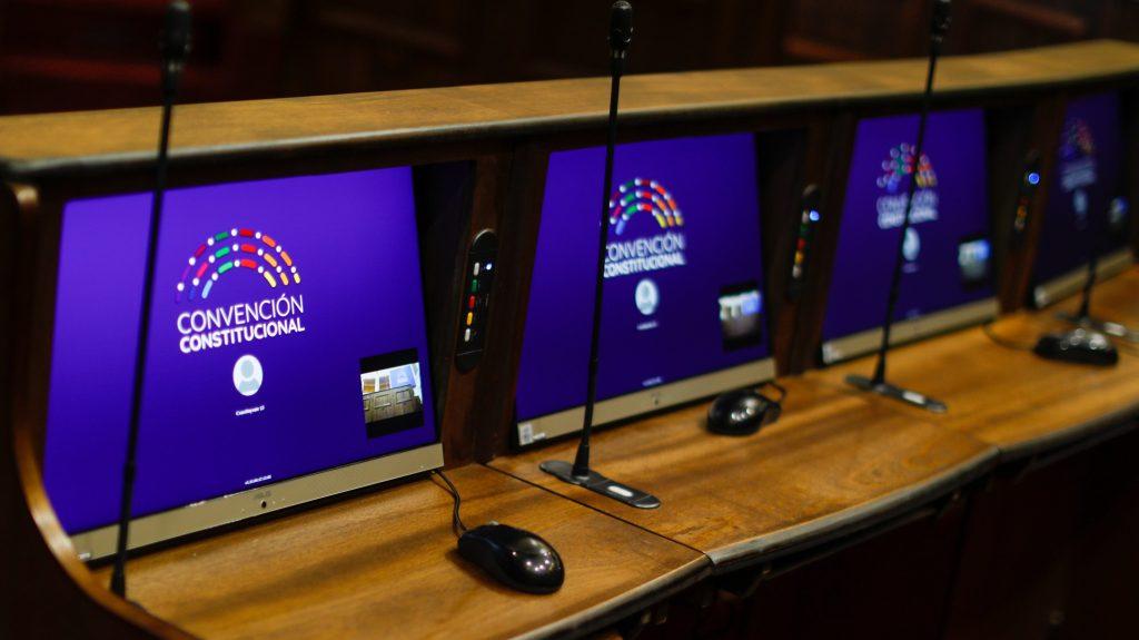 Nueva Constitución: lingüista habló sobre la importancia del lenguaje claro en la Carta Magna