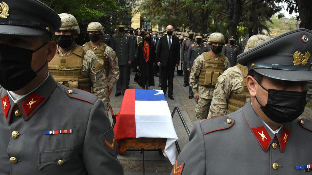 """Ministro de Defensa: """"No podemos permitir que gente, por la vía de la violencia, mancille a nuestros héroes"""""""