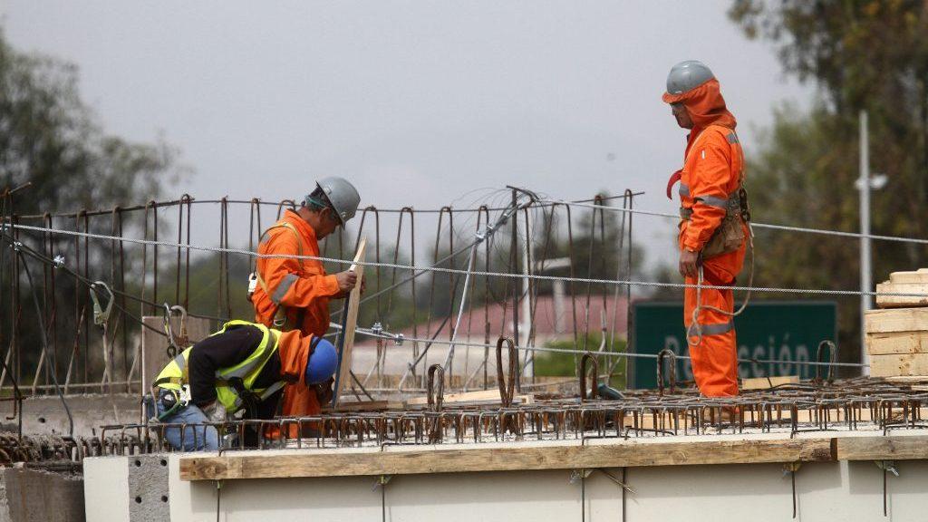 Estudio reveló que el desempleo en septiembre descendió a 7,8% en el Gran Santiago