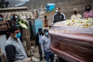 Perú supera las 200.000 personas fallecidas por el coronavirus Covid-19