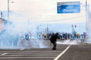 Segundo jornada de protestas con bloqueo de rutas en Ecuador