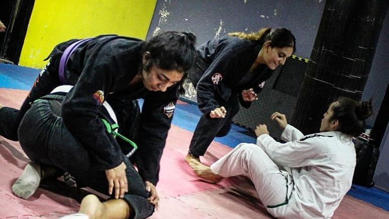 """María Francisca Martínez y el interés de las mujeres por las artes marciales: """"Buscan una filosofía de vida"""""""