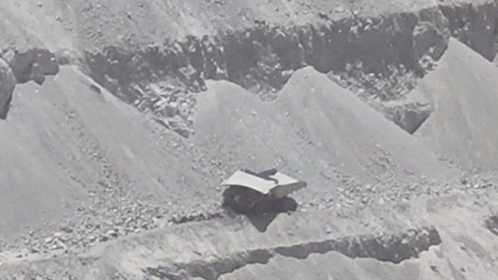 Camión se desbarrancó al interior de minera Collahuasi: conductor resultó con lesiones