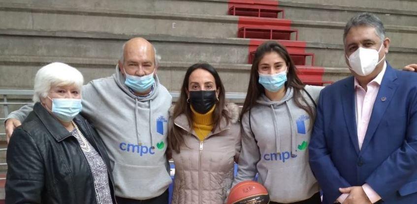 """Carolina Marinakis, basquetbolista nacional: """"Las mujeres no cortan tanto el juego, somos más intensas y queremos seguir"""""""