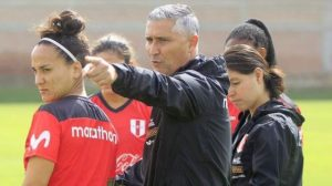 Escándalo en Perú por relación entre el DT de la selección femenina y una de sus jugadoras